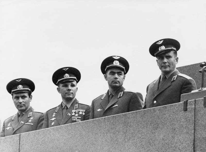 From left to right, Soviet cosmonauts Gherman Titov (1935 - 2000), Yuri Gagarin (1934 - 1968), Andriyan Nikolayev (1929 - 2004) and Pavel Popovich (1930 - 2009) pose on the Tribune of the Lenin Mausoleum in Moscow, August 1962. Nikolayev and Popovich have just returned to Moscow after the Vostok 3 and 4 space missions.  (Photo by V. Savostyanov/Keystone/Hulton Archive/Getty Images)