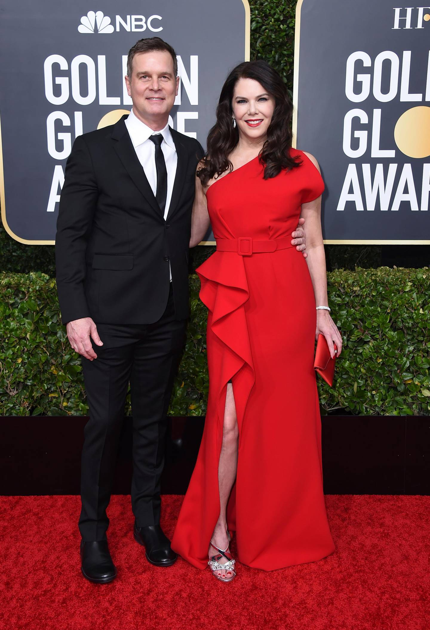 Peter Krause, left, and Lauren Graham arrive at the 77th annual Golden Globe Awards at the Beverly Hilton Hotel on Sunday, Jan. 5, 2020, in Beverly Hills, Calif. (Photo by Jordan Strauss/Invision/AP)
