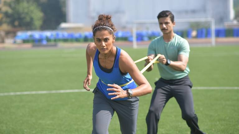 An image that illustrates this article Meet the man who turns Bollywood stars into super-athletes on screen