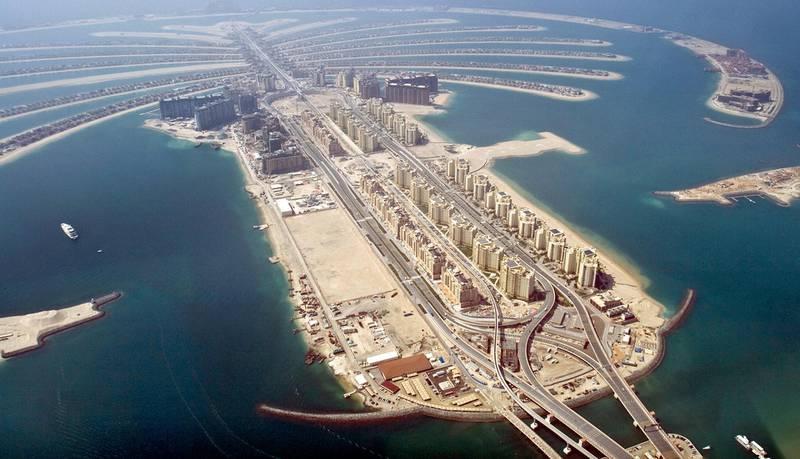 Random overview shots of Dubai, UAE. Jumeirah Palm. 2009.