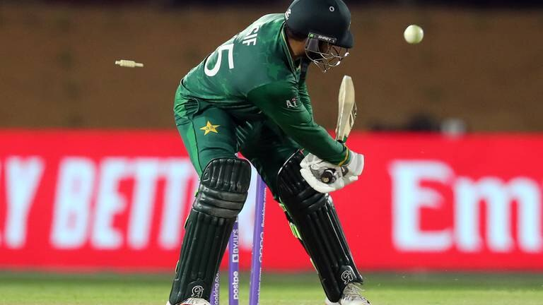 An image that illustrates this article T20 World Cup: South Africa stun Pakistan while England enjoy perfect warm-up