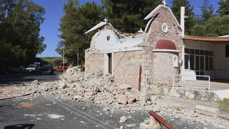 An image that illustrates this article Greece earthquake - in pictures