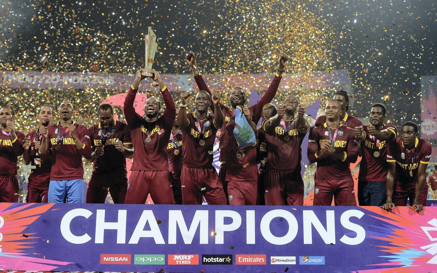 KOLKATA, WEST BENGAL - APRIL 03:  The West Indies lift the ICC World T20 trophy after winning the ICC World Twenty20 India 2016 Final between England and the West Indies at Eden Gardens on April 3, 2016 in Kolkata, India.  (Photo by Gareth Copley/Getty Images)