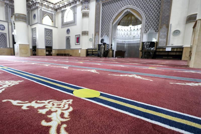 Dubai, United Arab Emirates - Reporter: N/A. News. Al Farooq Omar Bin Al Khattab Mosque in Dubai with their Covid-19 prevention measures as they prepare to open tomorrow. Tuesday, June 30th, 2020. Dubai. Chris Whiteoak / The National