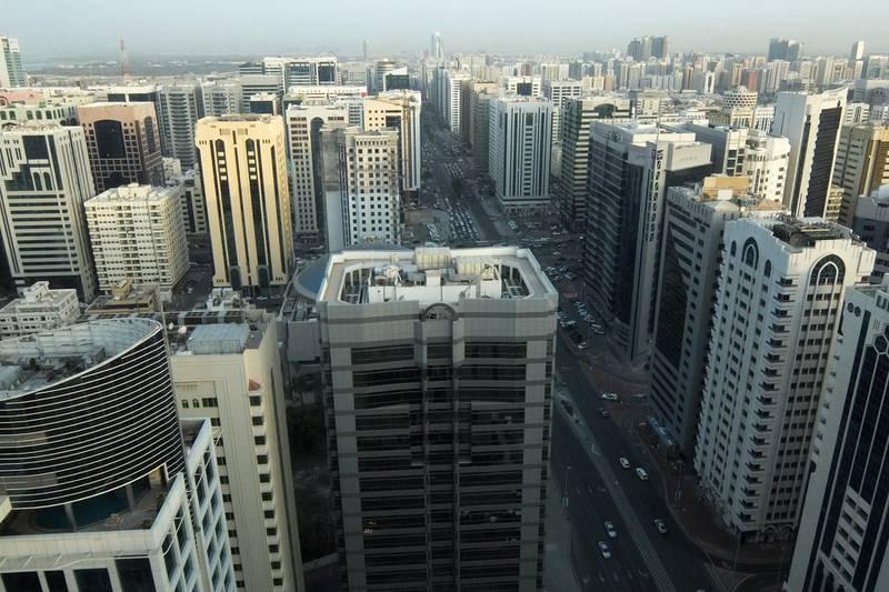 ABU DHABI, UNITED ARAB EMIRATES - - -  10 April 2017 --- View of Abu Dhabi skyline. Photo taken on Monday, April 10, 2017.   (  DELORES JOHNSON / The National  )   ID:  Reporter:  None Section: AL *** Local Caption ***  DJ-100417-BZ-AD Skyline-005.jpg