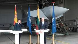 Putin spoils party: Politicians' news conference interrupted by Russian warplanes