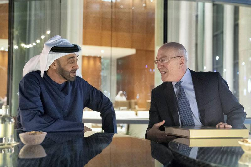 AL MARYAH ISLAND, ABU DHABI, UNITED ARAB EMIRATES - December 13, 2019: HH Sheikh Mohamed bin Zayed Al Nahyan, Crown Prince of Abu Dhabi and Deputy Supreme Commander of the UAE Armed Forces (L), meets with Dr Kurt Newman, President and CEO of Children's National Medical Center (R), at the Rosewood Hotel.  ( Ryan Carter / Ministry of Presidential Affairs ) ---