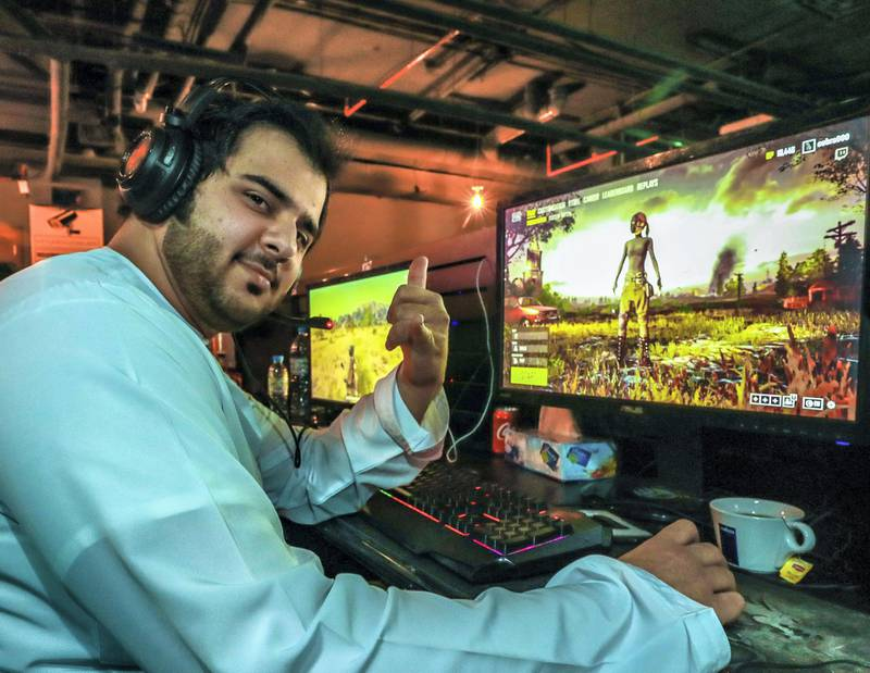 Abu Dhabi, U.A.E., June 5, 2018.  Ramadan series, midnight at… SUBJECT NAME: Gee Gees Gaming café,Jawad Al Blooshi playing his favorite game, Battlegrounds.Reporter:    John Dennehy Section:  National
