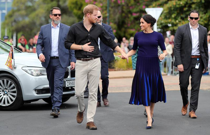 ROTORUA, NEW ZEALAND - OCTOBER 31: Prince Harry, Duke of Sussex and Meghan, Duchess of Sussex arrive at the public walkabout at the Rotorua Government Gardens on October 31, 2018 in Rotorua, New Zealand. The Duke and Duchess of Sussex are on their official 16-day Autumn tour visiting cities in Australia, Fiji, Tonga and New Zealand. (Photo by Michael Bradley - Pool/Getty Images)