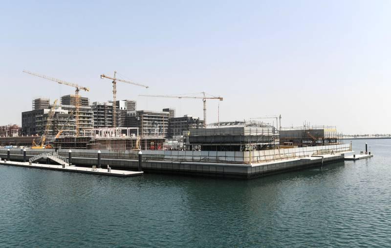 Abu Dhabi, United Arab Emirates - Hilton Hotel and the boardwalk under construction at the waterfront of Yas Bay. Khushnum Bhandari for The National