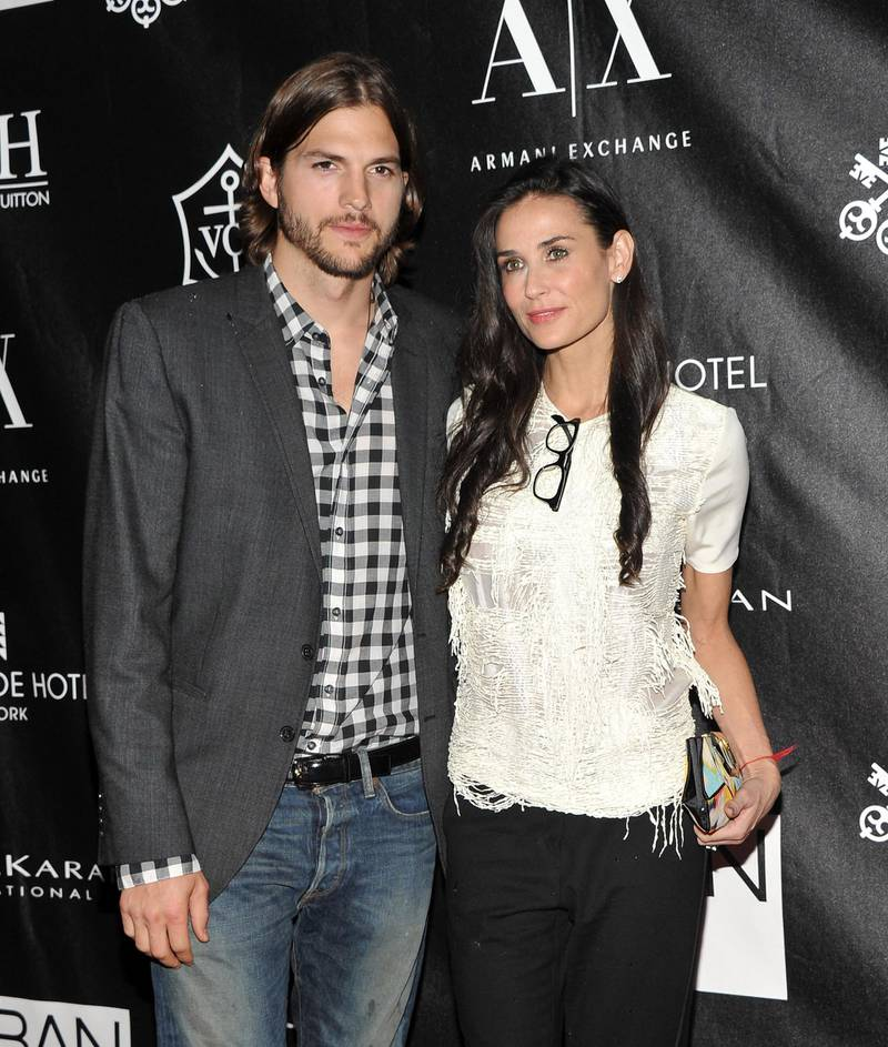 NEW YORK, NY - JUNE 09: Actors Ashton Kutcher and Demi Moore attend The Urban Zen Stephan Weiss Apple Awards at Urban Zen on June 9, 2011 in New York City.   Stephen Lovekin/Getty Images/AFP (Photo by Stephen Lovekin / GETTY IMAGES NORTH AMERICA / Getty Images via AFP)