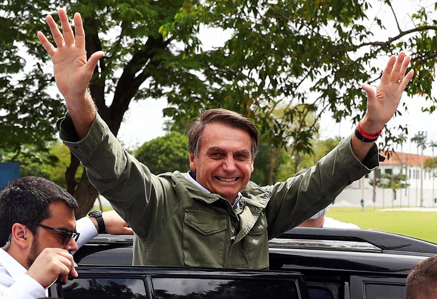 Jair Bolsonaro, far-right lawmaker and presidential candidate of the Social Liberal Party (PSL), gestures during a runoff election, in Rio de Janeiro, Brazil October 28, 2018. REUTERS/Pilar Olivares