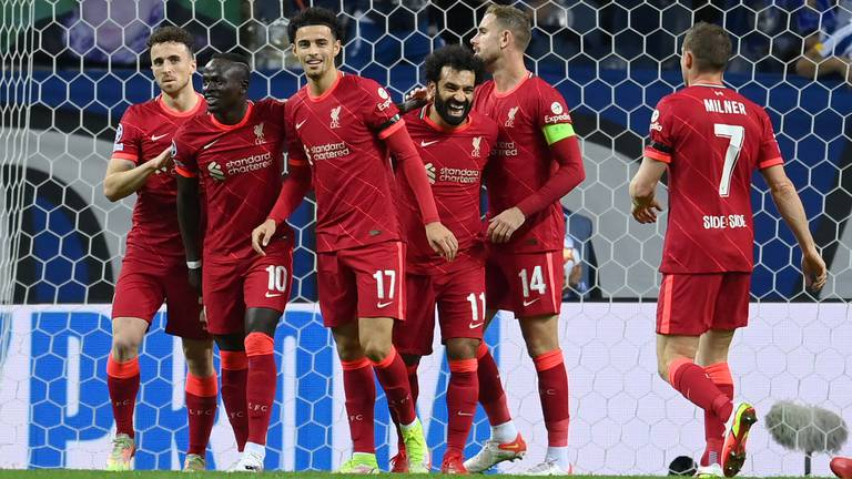 An image that illustrates this article Klopp hails 'top-class' Jones after Champions League rout of Porto