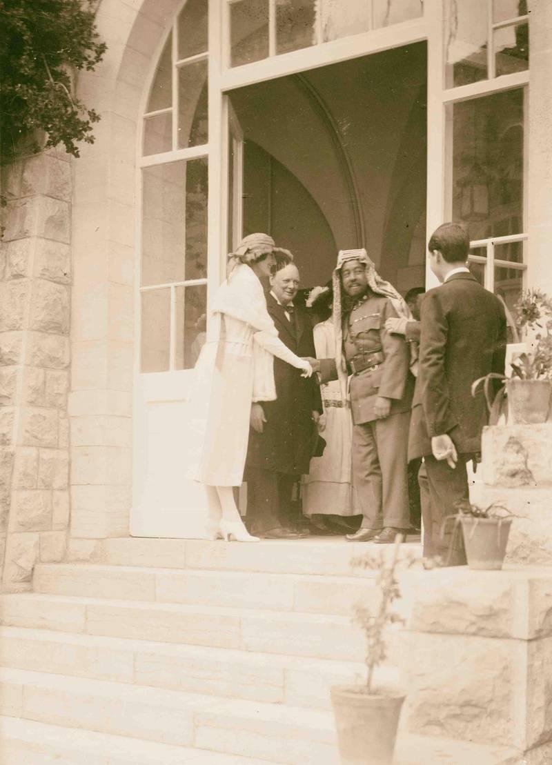 PR1TH6 Emir Abdullah of Transjordan shaking hands with Mrs. Churchill, Winston Churchill standing next to Mrs. Churchill, Government. Alamy