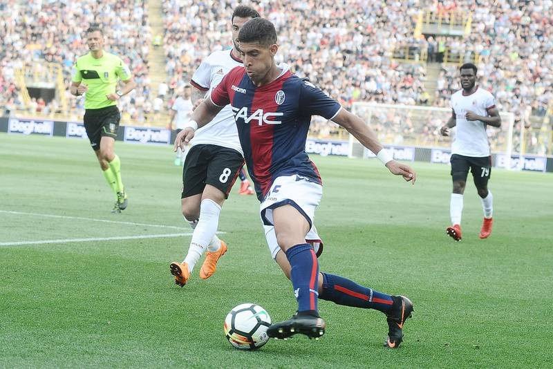 BOLOGNA, ITALY - APRIL 29:  Adam Masina of Bologna FC in action during the serie A match between Bologna FC and AC Milan at Stadio Renato Dall'Ara on April 29, 2018 in Bologna, Italy.  (Photo by Mario Carlini / Iguana Press/Getty Images)