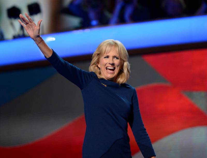 epa03387356 Jill Biden, wife of US Vice-President Joe Biden, waves to delegates on the final night of the Democratic National Convention at the Time Warner Cable Arena in Charlotte, North Carolina, USA,  06 September 2012. US President Barack Obama will accept the nomination to run for a second term at the convention.  EPA/SHAWN THEW