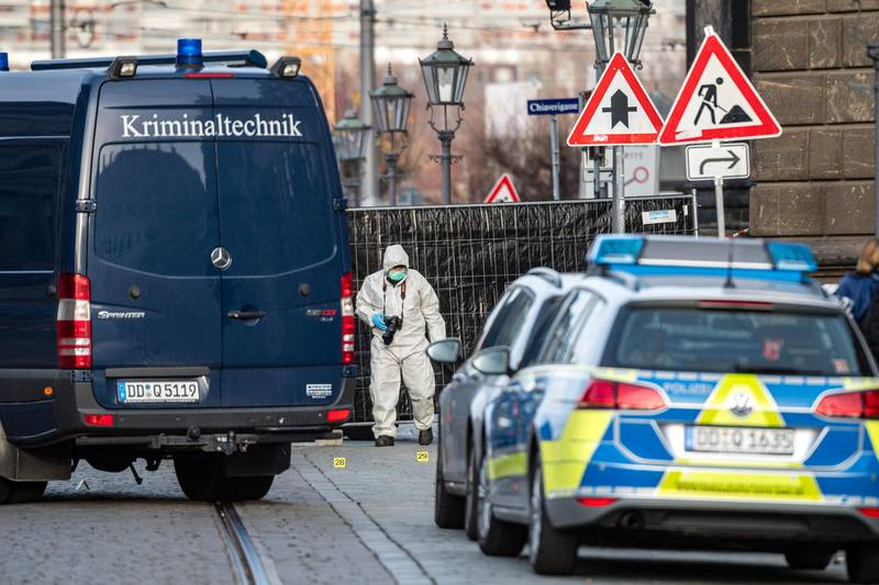 DRESDEN, GERMANY - NOVEMBER 25: Criminal police investigate the environment outside the Residenzschloss palace that houses the Gruenes Gewoelbe (Green Vault) collection of treasures on November 25, 2019 in Dresden, Germany. Thieves, apparently after having sabotaged the electricity supply, broke into the museum through a window early this morning and reportedly made off with jewels, diamonds and other precious stones worth one billion Euros, making it the biggest heist in post-World War II German history. (Photo by Jens Schlueter/Getty Images)